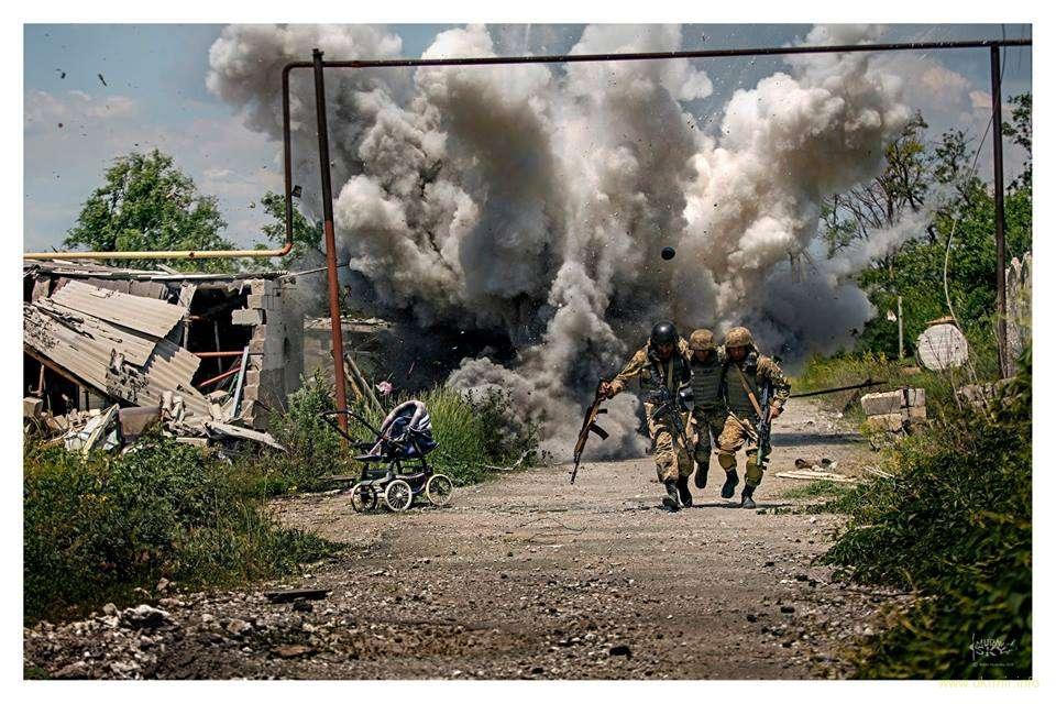 Ситуация в зоне АТО обостряется: за минувшие сутки враг 96 раз открывал огонь по позициям ВСУ, - штаб - Цензор.НЕТ 2155