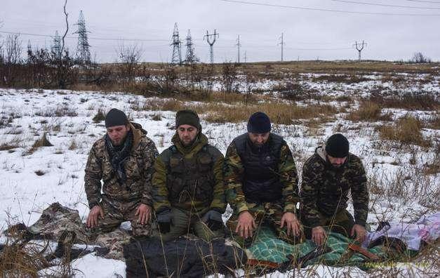 «Шахтеры» Донбасса совершают намаз