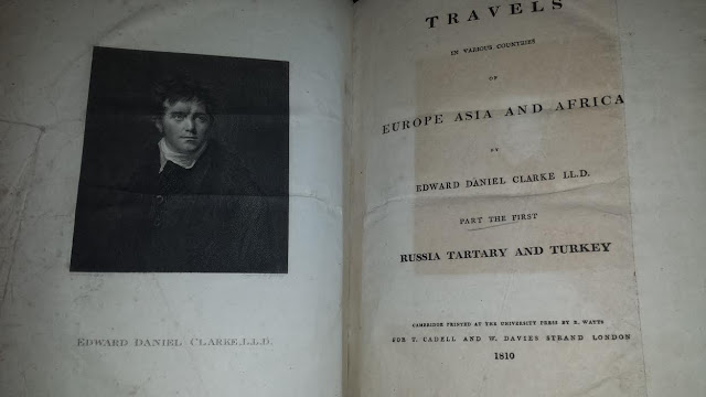 Звучить як охуєтєльниє історії, але в моїх руках оригінальне видання/текст 1810 року
