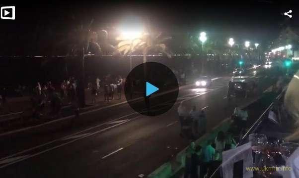 Теракт в Ницце: погибли 84 человека, 18 при смерти