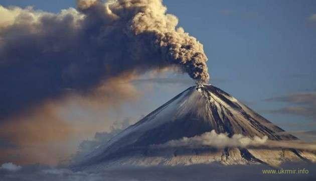 На РФ проснулся мощный вулкан