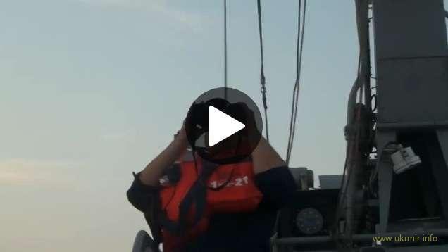 Корабль РФ у морской границы получил по зубам от катеров Украинского флота