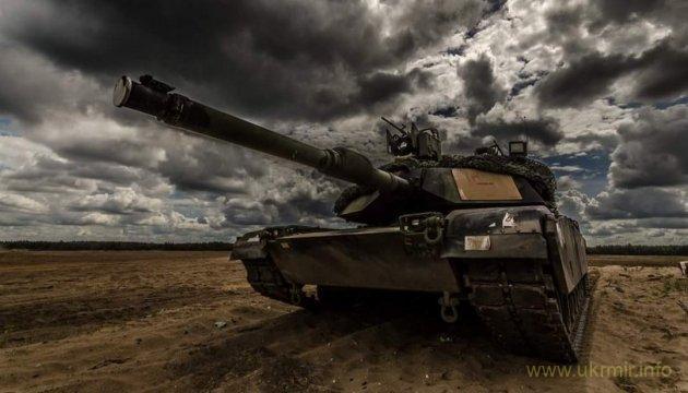 Батальон НАТО перебрасывает в Литву военную технику