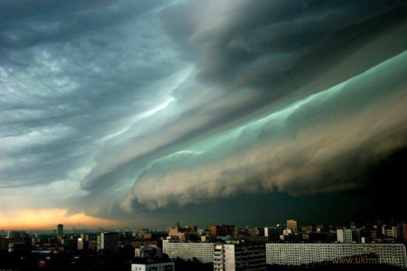 На Москве сильнейший шторм за последние 70 лет