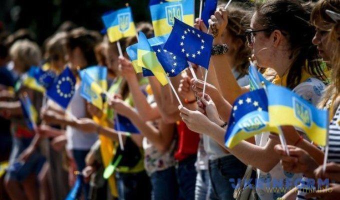 Ассоциация ЕС с Украиной вступит в силу 1 сентября