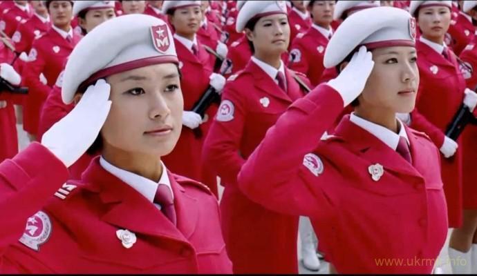 Парад китайских девушек
