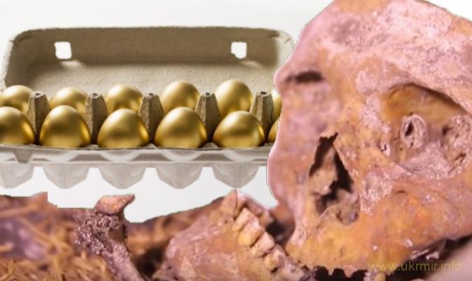 Мумия Котовского несет золотые яйца