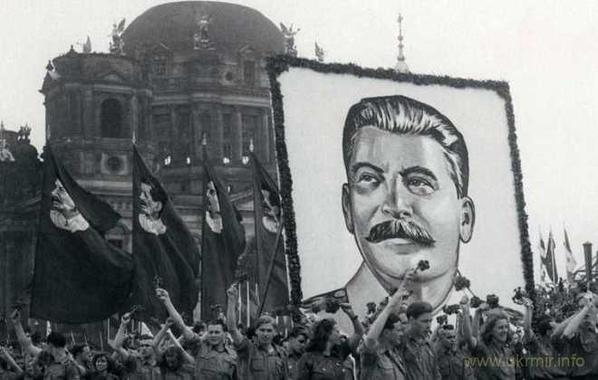 Реабилитация сталинизма - средство утверждения путинской диктатуры