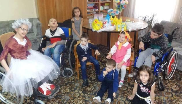Допомога важкохворим дітям-сиротам з АТО