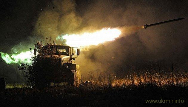 """Русские фашисты из """"Градов"""" обстреляли дома и детсад в Новолуганском"""