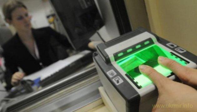 Біометричний контроль для росіян буде запроваджений раніше ніж планувалось