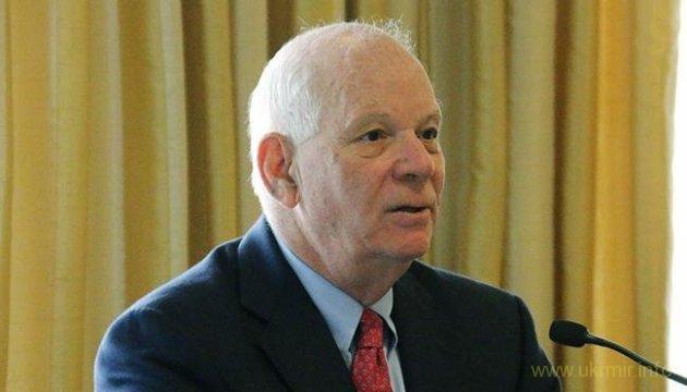 США: сенатор презентовал доклад о гибридных угрозах от РФ
