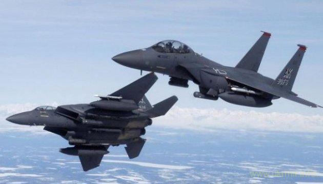 НАТО показало запись перехвата российских истребителей над Балтией