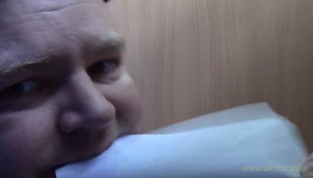 На России мужчина съел бюллетень в знак протеста