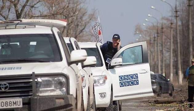 Бандиты не допустили ОБСЕ к гумконвою из РФ