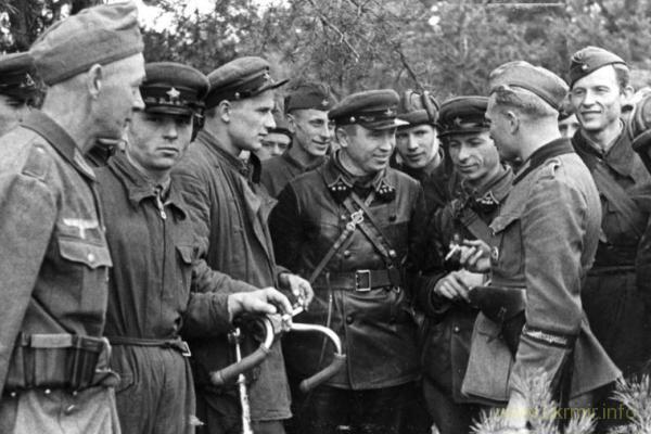 Айнзацгруппы, совместные отряды Гестапо-НКВД