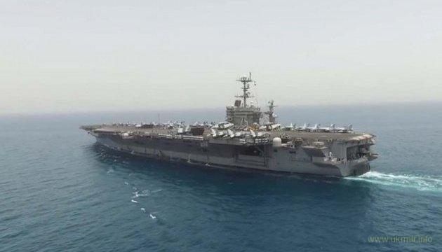 Авианосная группа ВМС США начала операцию против ИГИЛ в Сирии