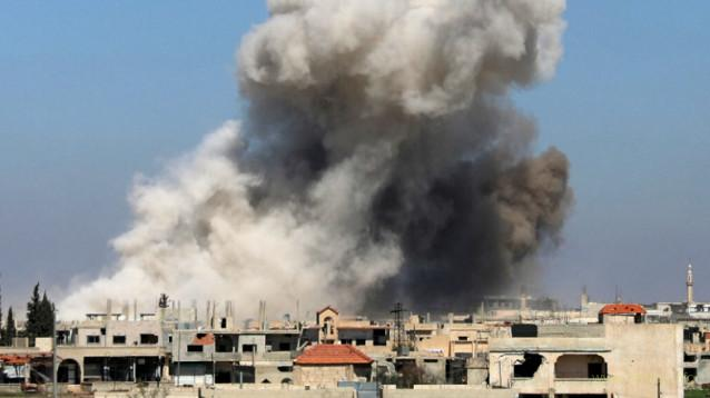 Самолеты РФ разбомбили город в зоне деэскалации в Сирии