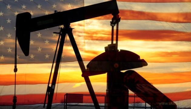 США вышли в лидеры нефтедобычи в мире