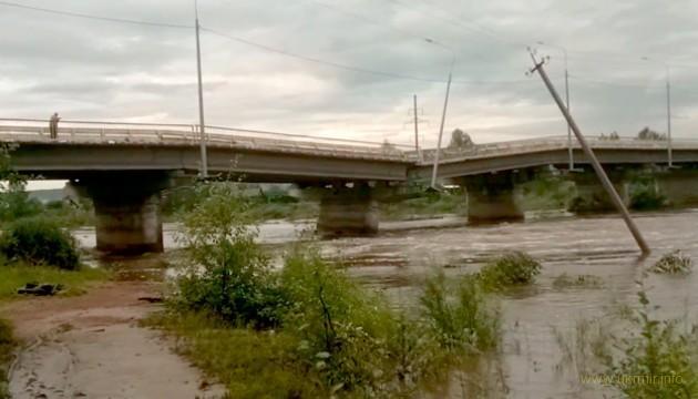 На РФ рухнул очередной автомобильный мост