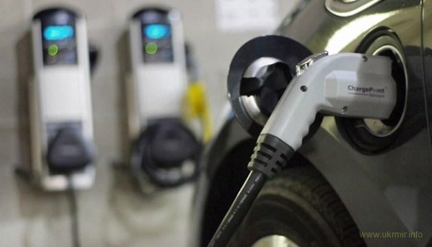 В Украине создается сеть мощных электрозаправок