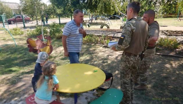 Русские оккупанты обстреляли детсад в Верхнеторецком, есть раненая