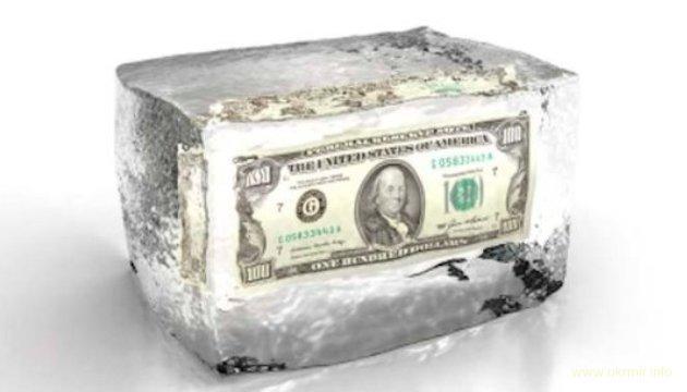 Банк Швейцарии из-за санкций США заморозил $5 миллиардов на счетах россиян