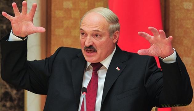 Лукашенко вооружается, заявил что полагаться на РФ не стоит