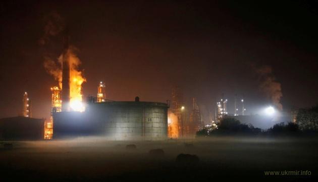 Вчера на Балканах загорелся и взорвался российский нефтезавод