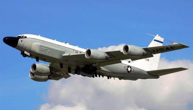 Разведывательный Boeing США начал патрулирование возле оккупированного Крыма