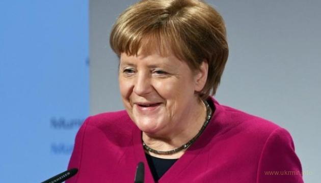 Германия не видит причины для отказа от российского газа - Меркель