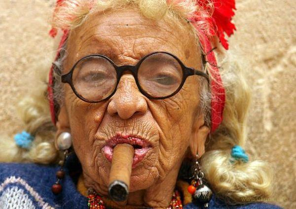Гавайи увеличат возраст на покупку табачных изделий до 100 лет