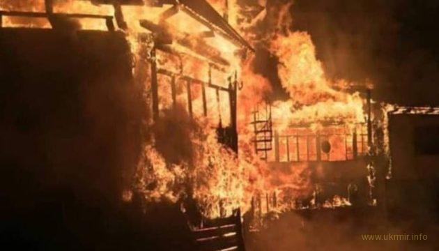 На РФ во время празднования Дня Победы сгорел клуб
