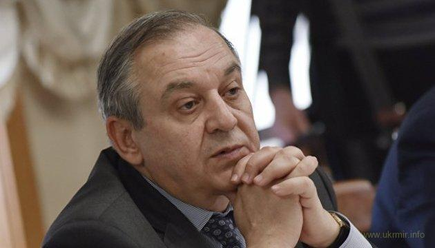 Крымский оккупант требует у Киева дать воду в Крым, утверждая что Днепр принадлежит РФ