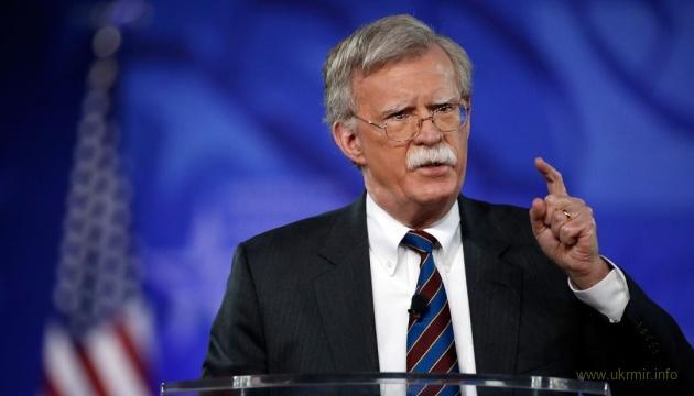 Болтон обвинил Россию в краже гиперзвуковых технологий