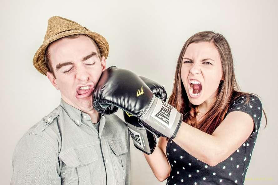 Ученые объяснили бесполезность споров с женщиной
