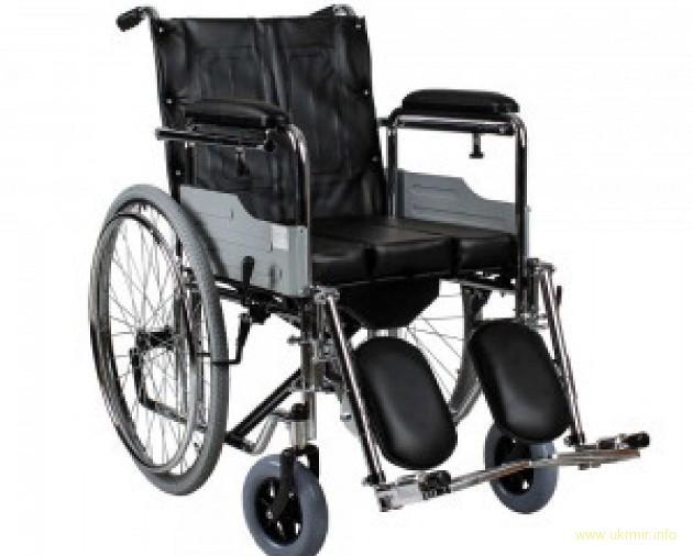 Інвалід, волонтер з Харкова потребує інвалідне крісло після нещасного випадку