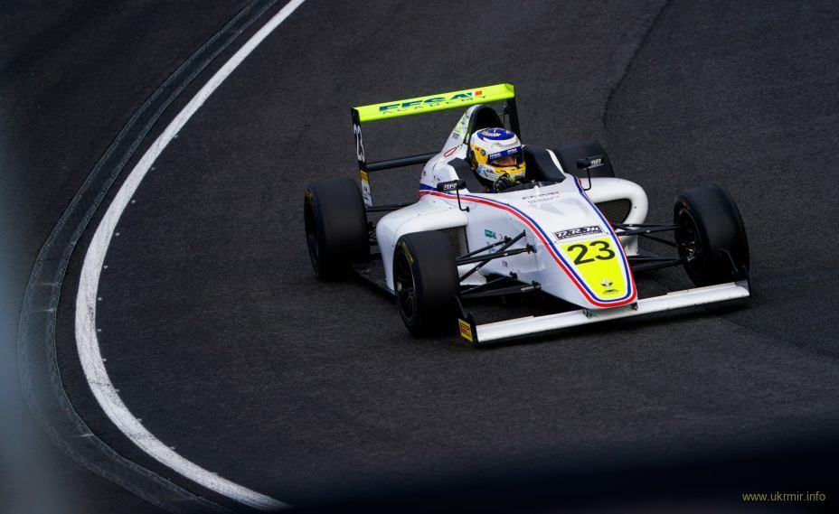 Перший українець, який здобув перемогу у Формульних серіях